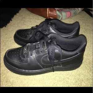 Nike Air Force Ones Black Size 7 (women)